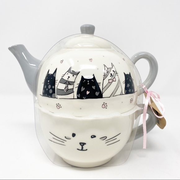 *SOLD* Cat Mom Gift WHIMSICAL Cat Teapot Cat Mug